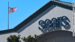 Sears gets a little more time to stay in business