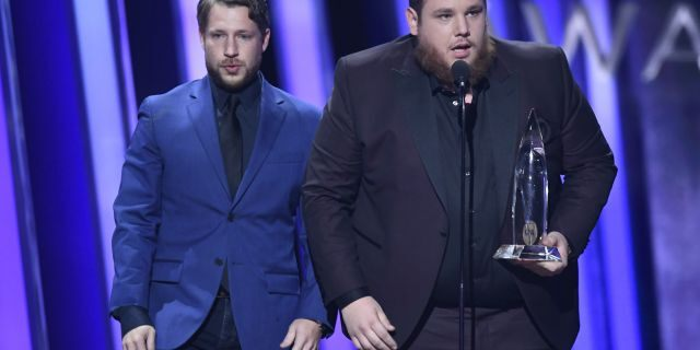 Luke Combs accepts his award for Male Vocalist of the Year. (Image Group LA/ABC via Getty Images)ROBERT WILLIFORD, LUKE COMBS